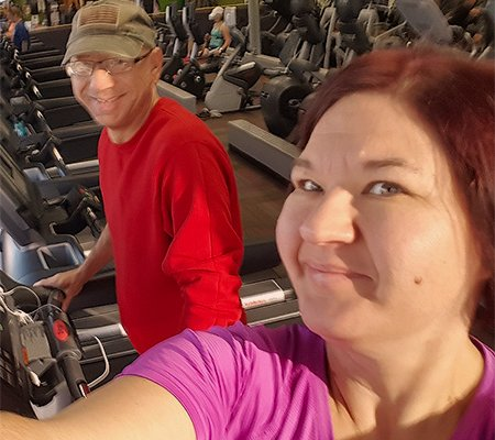 Jim and Jennifer hit the gym.